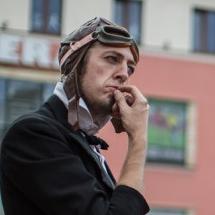 Teatr uliczny - Teatr Na Walizkach. Błazenologia